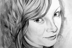 11. Портрет рисунок (бумага, карандаш)